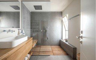 תכנון חדר רחצה מודרני בנגיעות עץ