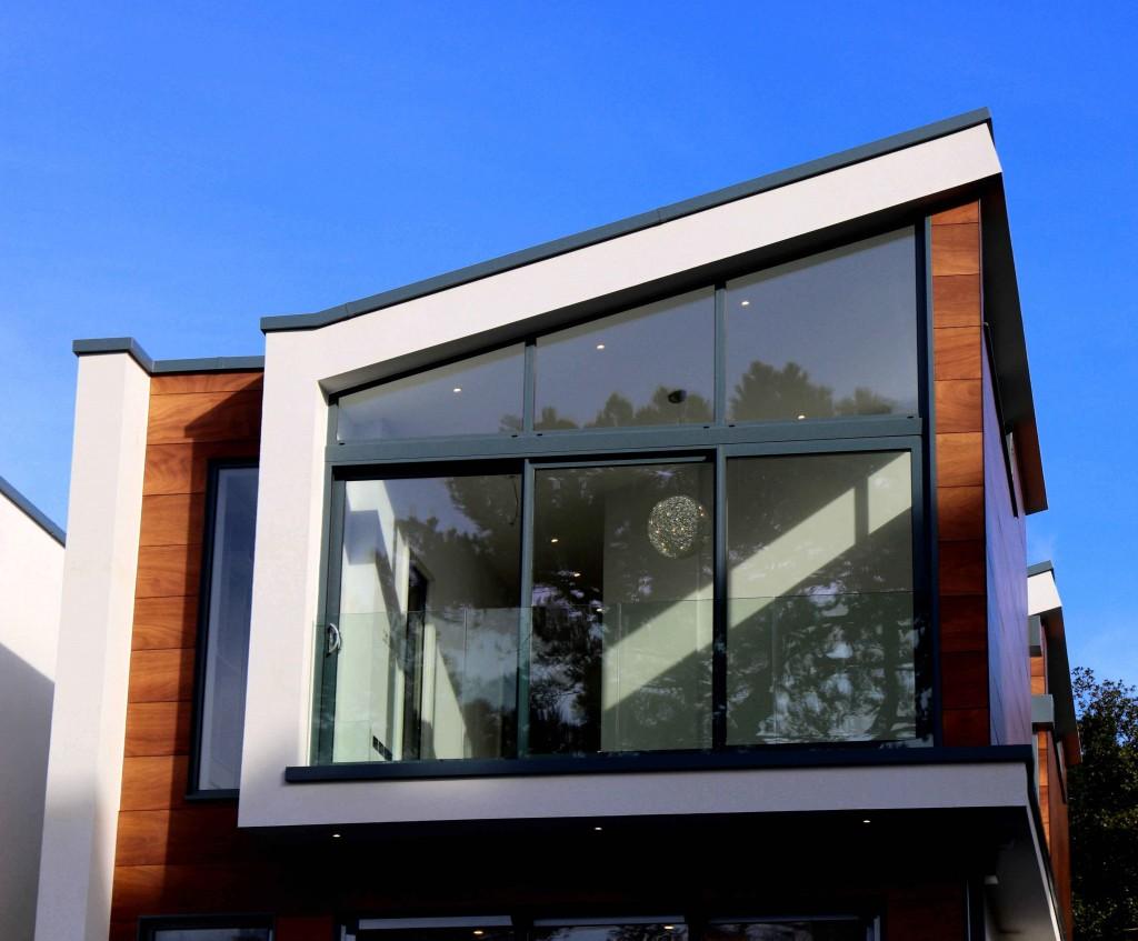 חלונות בוילה - איך עושים תכנון חלונות נכון