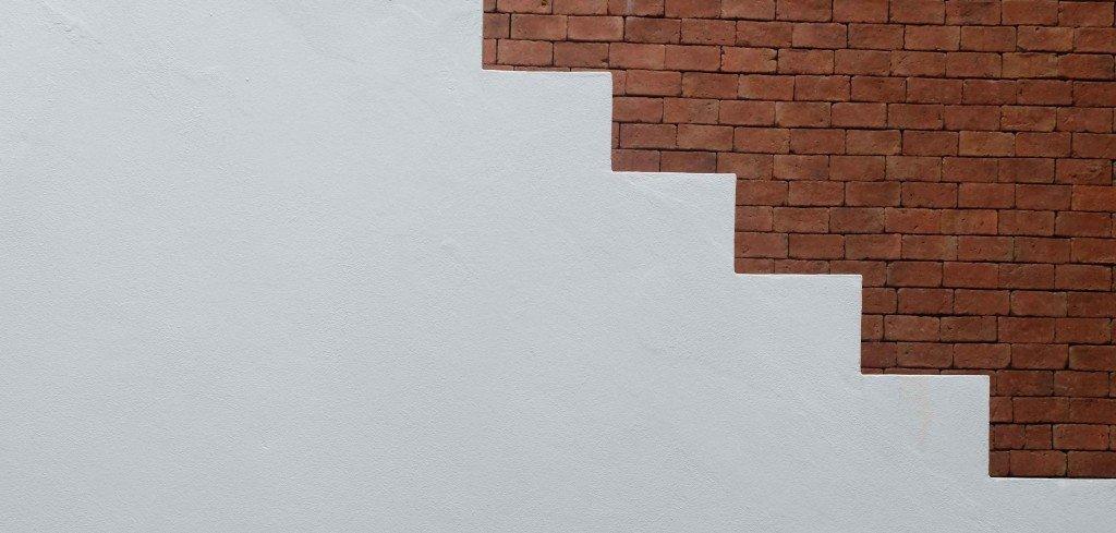 איך עושים תכנון מדרגות בטון נכון