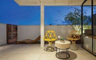 עעיצוב דופלקס מבט אל הגג
