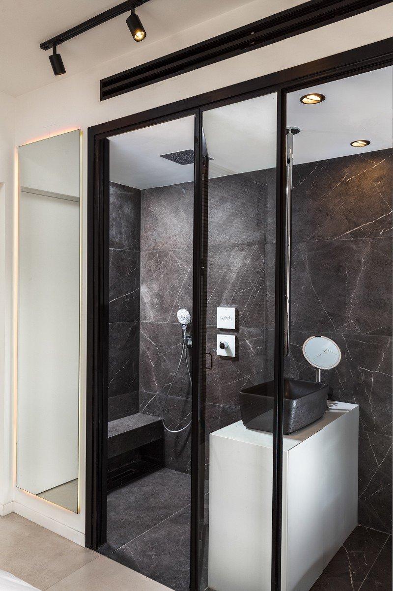 אמבטיה מעוצבת מבט מהצד -  - טלי זרחיה פרומוביץ