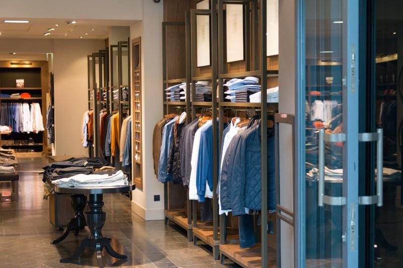 עיצוב פינם לעסקים - חנות בגדים
